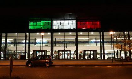 L'ospedale di Vimercate e quel tricolore che accende la speranza