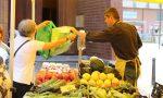 Oggi riprende il mercato, ma solo per gli alimentari