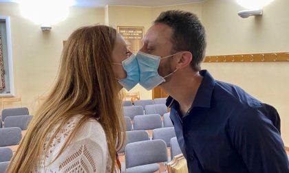 """A Lentate l'amore vince sul coronavirus: """"Il nostro matrimonio con le mascherine"""" FOTO"""