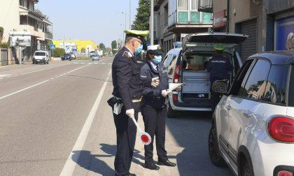 Zona rossa, ragazzi multati insultano gli agenti della Polizia Locale