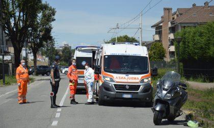 Scontro tra auto e moto, due feriti FOTOGALLERY