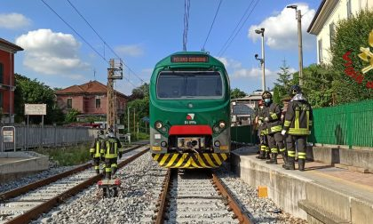 Donna investita da un treno sulla linea Asso-Seveso-Milano FOTO