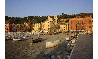 Vacanze in Riviera, a Laigueglia con l'Hotel Flora