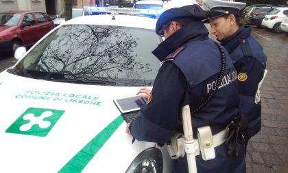 Giovanissimi violano le norme anti-Covid: interviene la Polizia locale, due denunce