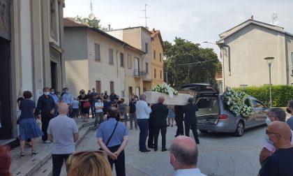 Caponago ha salutato Stefano, il 26enne morto dopo un incidente in montagna