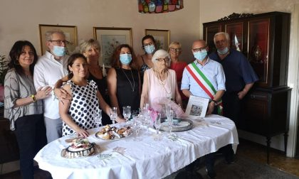 Villasanta, cento candeline per nonna Pinuccia Montrasio