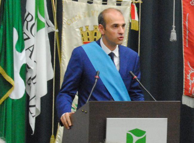 Lhttps://primamonza.it/politica/il-presidente-della-provincia-e-27-sindaci-mb-contro-la-zona-rossa/
