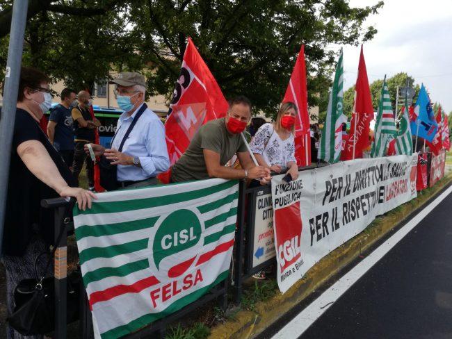 Presidio sindacale per sanità a Monza