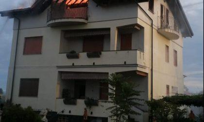 Tetto in fiamme a Cogliate: soccorsa un'intera famiglia, compresi due bambini