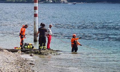 Ritrovato il corpo della dodicenne inghiottita dal lago