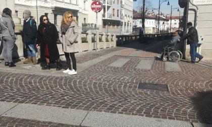 Buche e cadute, via Vittorio Emanuele si rifà il look