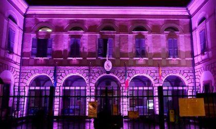 Il Comune di Bovisio diventa rosa per sostenere la Lilt