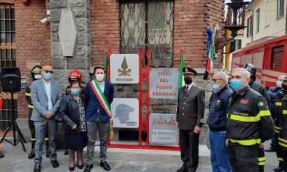 Un monumento in omaggio ai Vigili del Fuoco