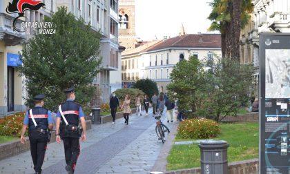 Carabinieri fissi in centro storico: tre arresti