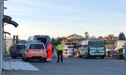 Ornago: ambulanza e automedica in via Grassi per un infortunio sul lavoro