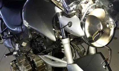 Schianto in moto nella notte: 48enne in ospedale