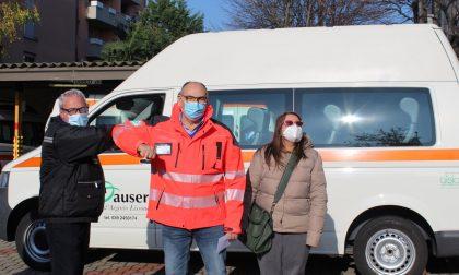 La Croce Verde ha donato un mezzo all'Auser – FOTO