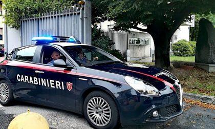 Grigliata in casa per festeggiare un compleanno: arrivano i Carabinieri