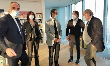 Fontana e Gallera incontrano i rappresentanti degli infermieri per incrementare la loro presenza sul territorio