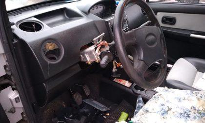 Natale di vandalismi a Seregno: auto nel mirino dei malviventi FOTO
