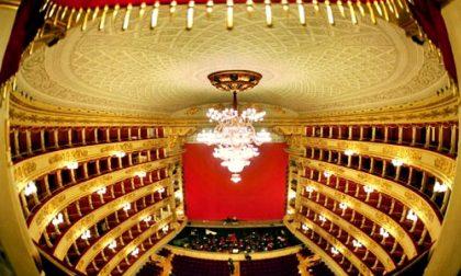 La lentatese Virna Toppi sul palco per la prima della Scala. Lo spettacolo trasmesso in tv