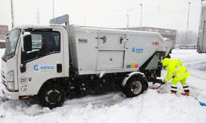 Ritardi nella raccolta rifiuti a causa della neve
