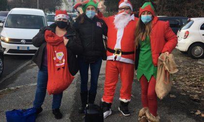 Alla scuola Primaria Citterio i bambini incontrano Babbo Natale e i suoi elfi