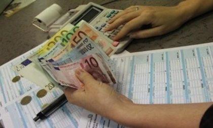 """Pagano le tasse anche se avrebbero diritto all'esenzione: ecco i contribuenti dal cuore d'oro """"premiati"""" dal Ministro"""