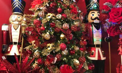 Covid, al Villoresi lo spettacolo è fare l'albero di Natale