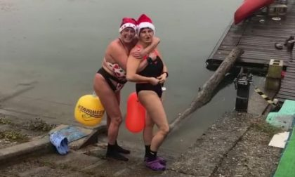 Over 50 sfidano le acque gelide e nuotano all'Idroscalo a 9 gradi