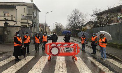 """Sicurezza sulle strade scolastiche: arrivano le transenne mobili """"leggere"""""""