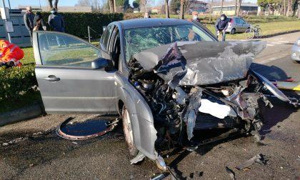 Incidente tra più mezzi a Lentate: cinque feriti tra cui una donna incinta
