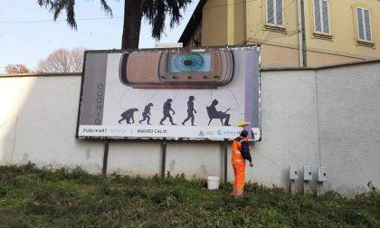 """Musei chiusi causa Covid, ma l'arte non si ferma e """"invade"""" le strade"""