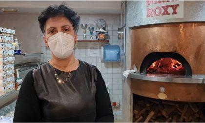 La pizzeria resta aperta, venti clienti multati: lo sfogo della titolare VIDEO