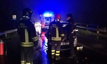 Grave incidente stradale, anziano soccorso in codice rosso