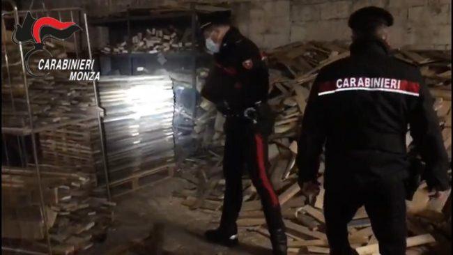 I carabinieri durante il blitz a Verano