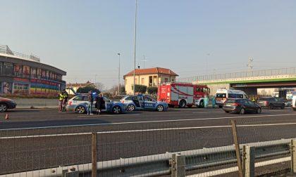 Maxi tamponamento in Valassina: quattro auto coinvolte