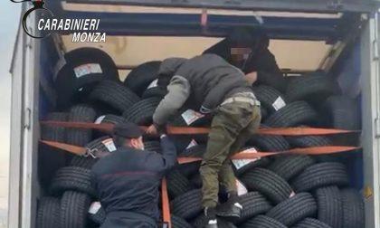 Sei giovani profughi sono arrivati in Brianza nascosti fra gli pneumatici