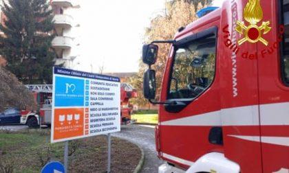 Vigili del fuoco in visita al Centro Mamma Rita