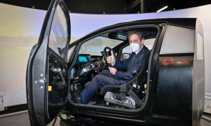L'assessore Sala testa in Bovisa l'auto del futuro