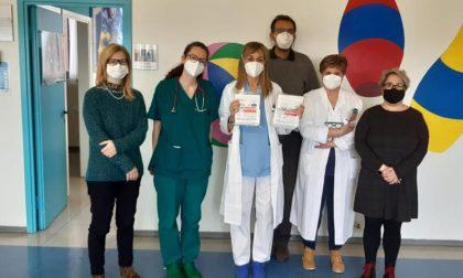 Genitori donano centinaia di mascherine per i piccoli ospiti della Pediatria