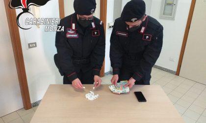 Arrestato perchè spacciava cocaina per strada: è la terza volta che viene beccato dai Carabinieri