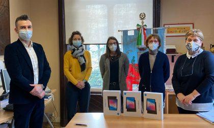 Macherio, donati tre nuovi tablet alle scuole