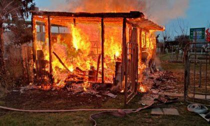 Incendio in un deposito a Concorezzo: muore un cane