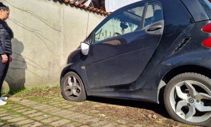 Nella notte vandalizzate una decina di auto a Villasanta