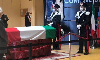 Limbiate, aperta fino alle 19 la camera ardente per l'ambasciatore Luca Attanasio