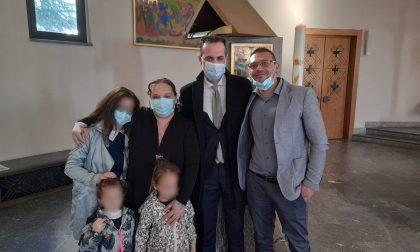 Venne rapita e portata in Siria dal padre: nella nuova vita di Emma c'è il battesimo