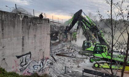 Demolito il ponte di Bovisio, il video dei lavori