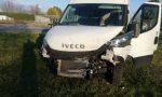 Guida sotto l'effetto di droga e provoca un incidente