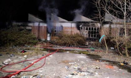 Seveso, incendio nell'Allocchio Bacchini: intervengono i vigili del fuoco